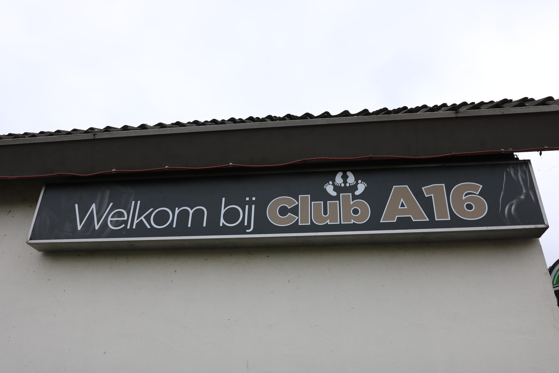 Uniek in Nederland: Club & Bruin Cafe